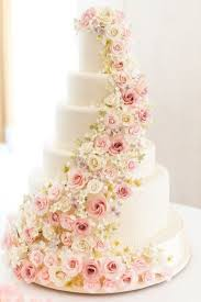 the 25 prettiest floral wedding cakes you ve ever seen http