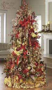 If you want to embrace the festivities in a full, fledged way, go for this  amazingly beautiful and over the top decoration idea.