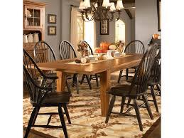Broyhill Attic Heirloom Dining Table Broyhill Furniture Attic Heirlooms Leg Dining Table With Leaves
