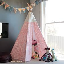 DIY kids teepee instructions - sew and no sew variations. Super easy and  cheap to