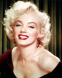 Marilyn Monroe Hairstyle The Flawless Marilyn Monroe Flawless And Broken And Tormented By
