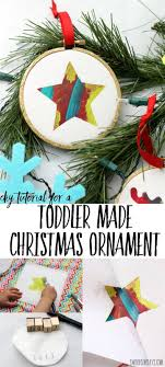 Check out this easy tutorial for a Christmas ornament that kids can make!  Babies up