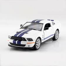 Mustang <b>Шелби</b> GT500 SVT <b>белый</b> 1/38 сплавочная модель ...