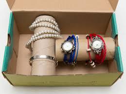 how to make a bracelet holder