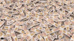 wrapping money banknotes
