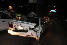 VIDEO: Corvette C8 se estrella contra Nissan Tsuru en avenida del la independencia.