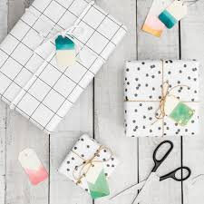 Dip-Dyed Ombre Gift Tags