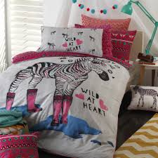 logan mason zippy pink zebra quilt doona cover set or cushion single double