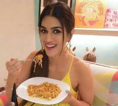 Kriti Sanons Beauty Tips Diet Plan And Workout Routine