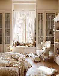 Gorgeous Built In Storage Ideas For A Small Bedroom. ...