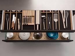 Interior design system Q-BOX by LEICHT Kchen