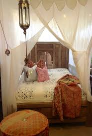 Hanging Curtains Around Bed Gopelling Net
