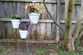 Diy tomato cage Nepinetwork Diy Plant Stand From Tomato Cages Love Renovations Diy Plant Stand How To Turn Tomato Cage Into Wire Plant Stand