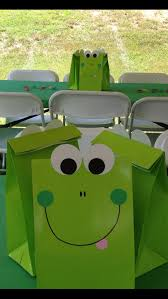 Pin by Katharine Wade on • Party Time • | Frog birthday party, Tiana  birthday party, Frog party ideas