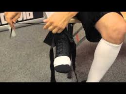 How To Put On Mcdavids 195 Ultralight Laced Ankle Brace