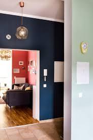 Die besten 25+ Dunkelblaue wände Ideen auf Pinterest | Blaues Büro ...