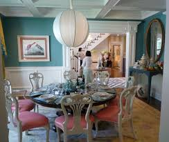 red dining room colors. Colors-that-go-with-red-dining-round-table Red Dining Room Colors