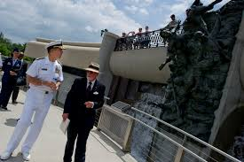 u s department of defense photo essay  u s navy adm mike mullen chairman of the joint chiefs of staff tours