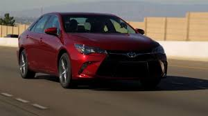 Dan Neil: Toyota Camry SE Is Boldly Safe