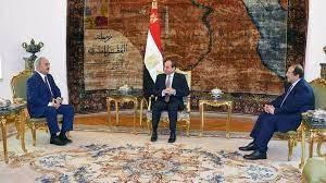 """مصر: السيسي يؤكد مجددا دعمه لحفتر ويرفض """"التدخلات الخارجية"""" في الشأن الليبي"""