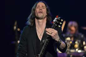 ALTER BRIDGE RELEASE MUSIC VIDEO FOR SHOW ME A LEADER FROM THE.