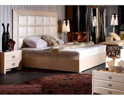 Modern Style Bedrooms Modern Style Champagne Bedroom Set 44b220set