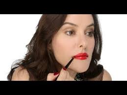 glossy party red lip makeup tutorial
