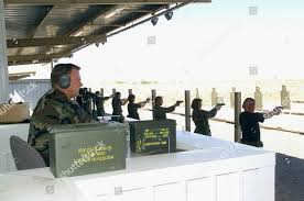 Staff Sergeant Merle Hudson combat arms instructor Foto editorial en stock;  Imagen en stock | Shutterstock