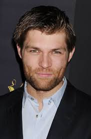 Liam McIntyre Height - How Tall