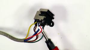 dell studio 1535 1536 1537 dc jack pinout images dell charger pin broken at Dell Laptop Power Supply Wiring Diagram