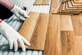 Auf die balken festnageln od dielen — alte fußbodendiele aus pitchpine ein dielenboden, auch schiffboden oder riemenboden, ist ein holzfußboden aus breiten und langen. Holzboden Im Bad Verlegen Darauf Ist Zu Achten