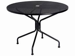 round plastic patio table