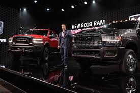 FCA launches HD Ram, multifunction tailgate on 1500 - Repairer ...