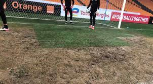 كايزر تشيفز يتعمد تخريب أرضية الملعب قبل لقاء الوداد المغربي