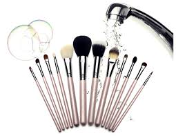how to clean makeup brushes best way to wash at home