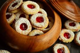 Add an unanticipated touch to your christmas with this packed lamb roast. Easy Linzer Cookie Recipe Gimme Yummy Recipes