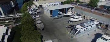 premier diy boat repair facility