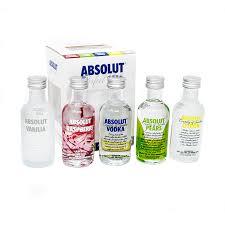 absolut vodka 5cl gift set