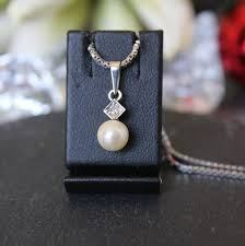 necklace with pendant pearl diamond pendant with 42cm chain silver white gold