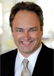 Dr. <b>Peter Angele</b> genießt überregionalen Ruf als Kliniker und Wissenschaftler <b>...</b> - dr-angele_05