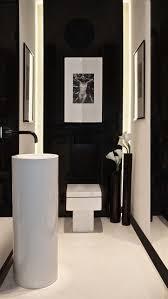 Powder room - black and white - modern // Design Aleksandra Miecznicka