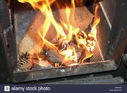 Hitze Feuer Flächenbrand Kaminofen Kachelofen Heizung Herd