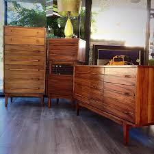 Mid Century Modern Furniture Bedroom Sets Walk Through Closet To Get To Bedroom Walk Through Closet To