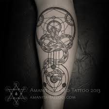 татуировки змея в стиле дотворк голень каталог тату салонов и мастеров