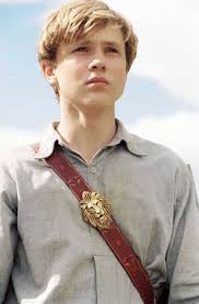 peter pevensie peter pevensie in the 2005 film the chronicles of narnia the lion the witch and the wardrobe