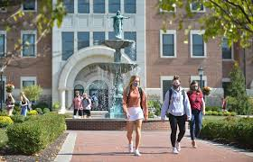 Despite Strains, Small Colleges Find Advantages In Dealing With COVID-19 On  Campus : Coronavirus Updates : NPR
