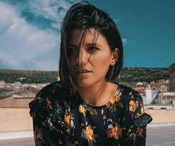 """Intervista con Deborah Iurato che ci racconta il nuovo singolo """"Ma cosa  vuoi?"""": """"A volte bisogna perdersi per poi ritrovarsi"""""""
