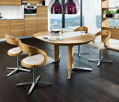girado round dining table extended