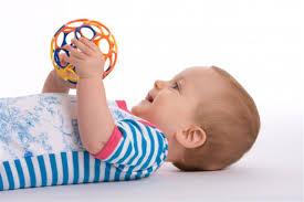 Quali giochi neonato 3 mesi - Lettera43 Come Fare