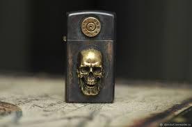 Эксклюзивная кастомизированная <b>зажигалка Zippo Slim с</b> черепом